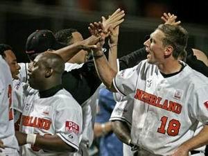 Nederland verslaat Puerto Rico met 10-0 in de kwartfinale van het WK Baseball 2005