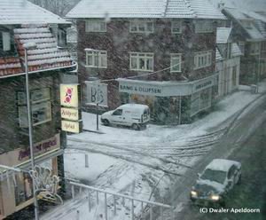 Sneeuw in Apeldoorn (2), klik voor groter. Foto: Hans (Dwaler)