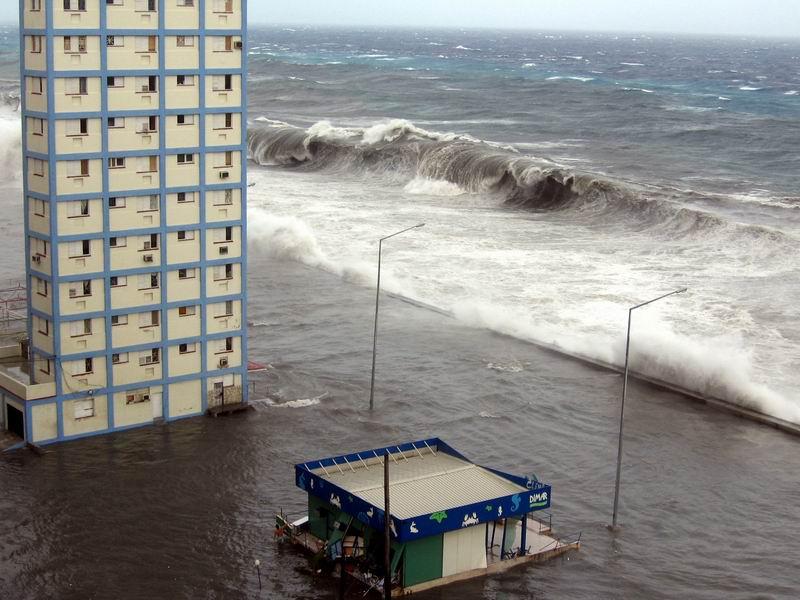 Eind oktober 2005 teisterde orkaan Wilma de Cubaanse kust bij Havana