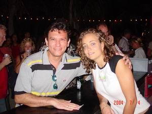 Reynaldo met favoriete bardame van Wet&Wild