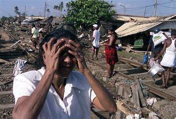 Tsunami zorgde voor een hele slechte tweede Kerstdag in grote gedeeltes van Zuidoost-Azie. Op de foto Sri Lanka