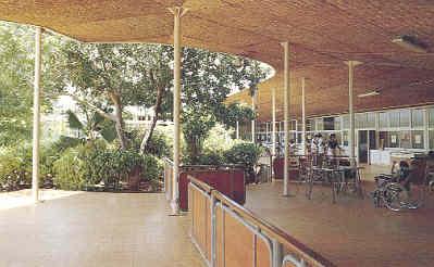 Monseigneur Verriet Instituut Curacao, ontworpen door Gerrit Rietveld