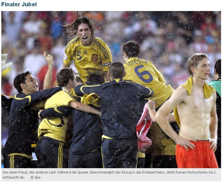 26.06.2008: Spanje geeft indirekt Nederland een lesje door Rusland met 3-0 te verpulveren. Klik voor groter.